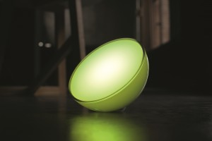 Hue Go -  facing left, with surroundings, green,BB