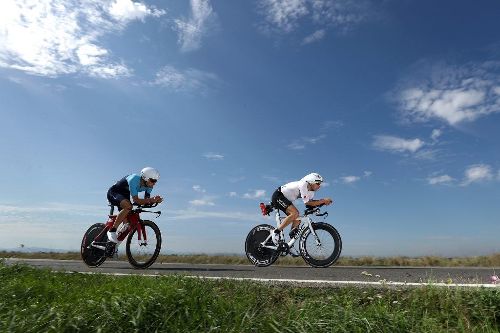 </span></figure></a> La frazione in bici lungo le saline di Cervia (Photo by Bryn Lennon/Getty Images for IRONMAN)